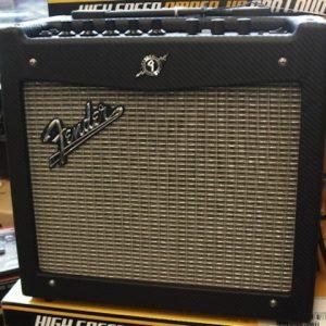 Fender® Mustang I 20 watt Guitar Amp