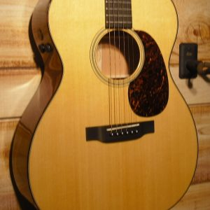 Martin® 000-18E Retro Acoustic-Electric Guitar w/Case