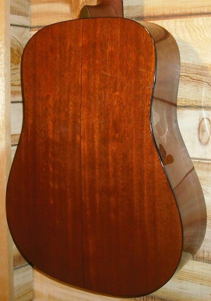 Martin D 18 Acoustic Guitar w/Case