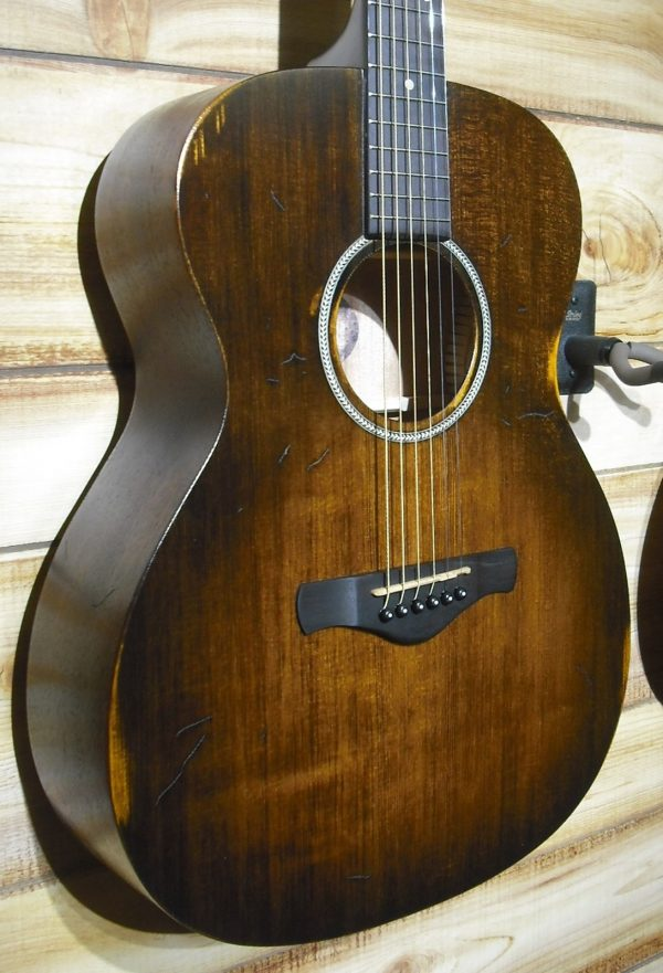 Ibanez AVC6 Grand Concert Acoustic Guitar Distressed Tobacco Sunburst