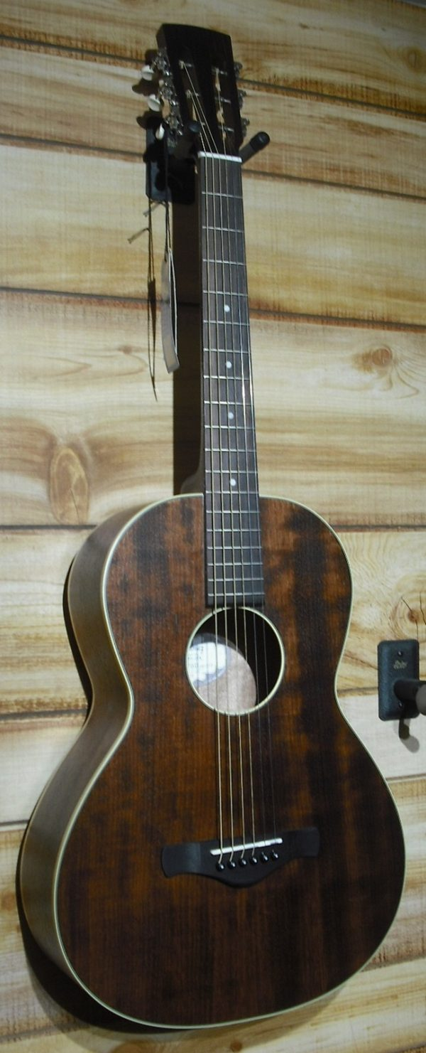 Ibanez AVN5 Parlor Open Pore Acoustic Guitar Natural Solid Mahogany Top