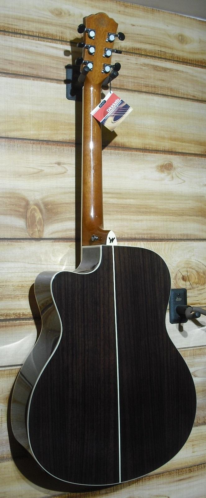 washburn ag20ce grand auditorium acoustic electric guitar natural w case. Black Bedroom Furniture Sets. Home Design Ideas