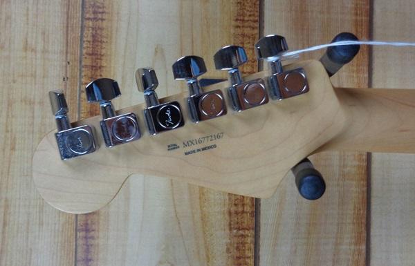 fender duo sonic maple fingerboard electric guitar capri orange. Black Bedroom Furniture Sets. Home Design Ideas