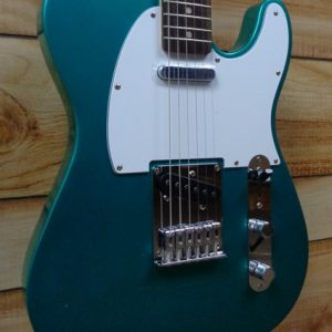 Squier® Affinity Telecaster Rosewood Fingerboard Electric Guitar Race Green