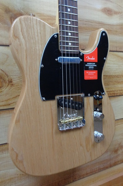 Fender® American Professional Telecaster® Rosewood Fingerboard Natural Ash w/Case