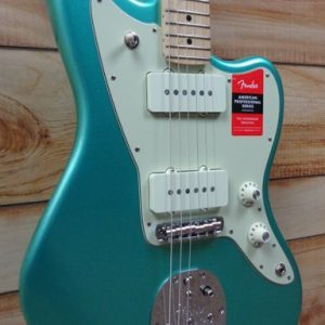 Fender® American Professional Jazzmaster® Maple Fingerboard Mystic Seafoam w/Case