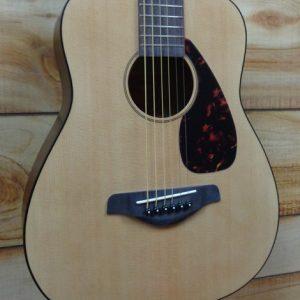 Yamaha JR2 3/4 Size Acoustic Guitar Natural w/Gigbag