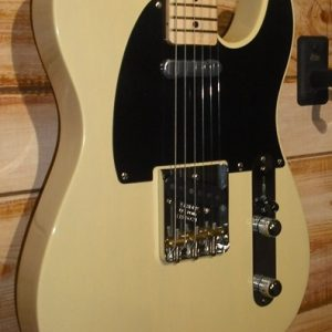 Fender® Limited Edition American Vintage '52 Telecaster® Korina w/Case